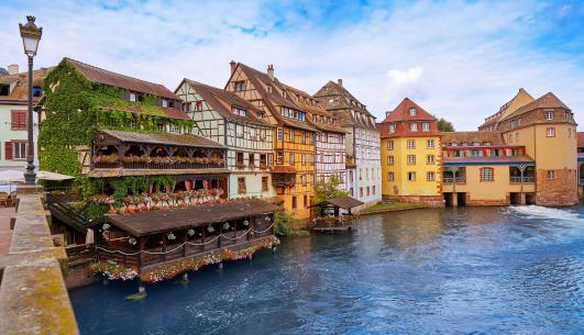 Strasbourg France near Flash Global logistics